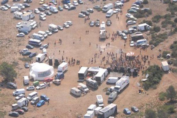 Rave party dans les Corbières vue du ciel - archives