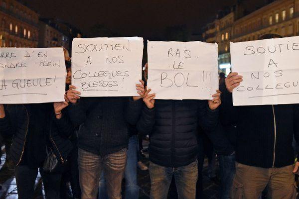Manifestation de policiers à Toulouse, le 19 octobre 2016