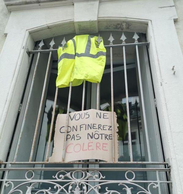 Montpellier - revendications du 1er mai à la fenêtre - 1er mai 2020.