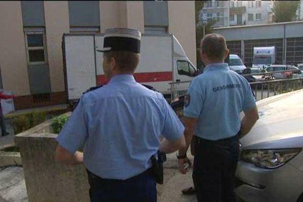 Les gendarmes du Var déménagent.