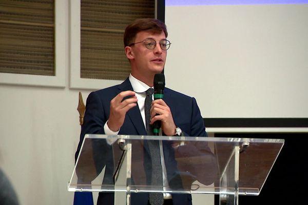 Sacha Houlié invité de Dimanche en politique le 13 décembre