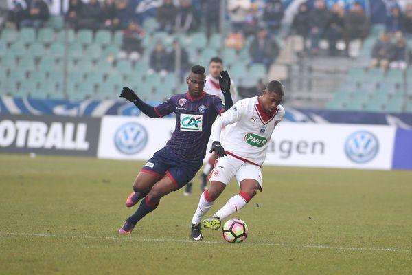 Clermont Foot 63 contre le Football Club des Girondins de Bordeaux, le 8 janvier 2017 au Stade Gabriel Montpied à Clermont-Ferrand (63).