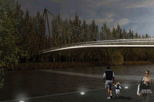 Le pont suspendu, la passerelle à Creil