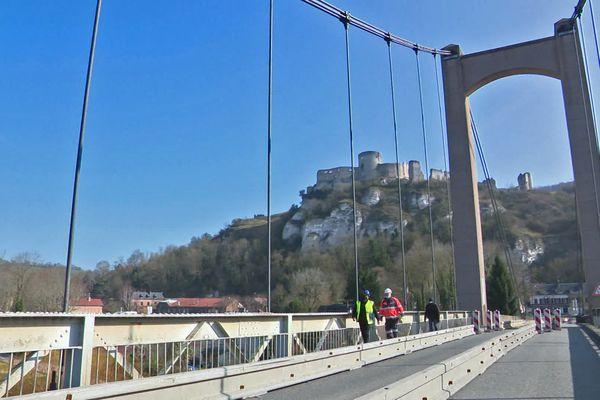 Mars 2021 : début de la 3e phase des travaux de rénovation du pont des Andelys (Eure)