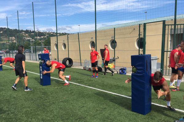 Reprise de l'entraînement en petit groupe au Stade Niçois avec de nouvelles règles...