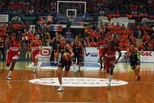 Paoline Salagnac du Tango Bourges Basket, le 26 avril 2015.