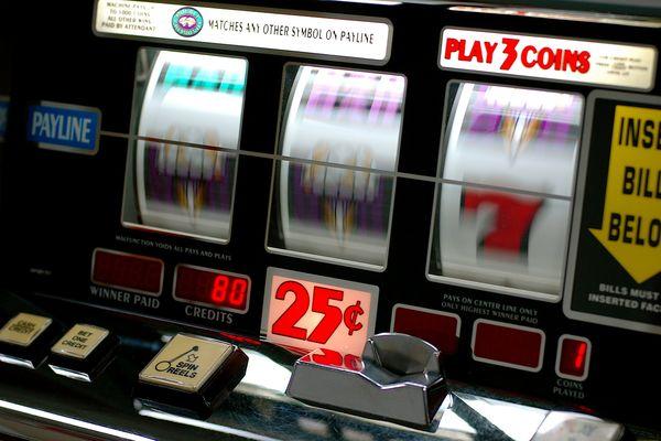 Une dame de 73 ans a remporté 376 499,11 euros sur une machine à sous du casino de Saint-Gilles-Croix-de-Vie