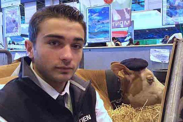 Bastien Hugoni futur agriculteur dans le sud de la Haute-Loire