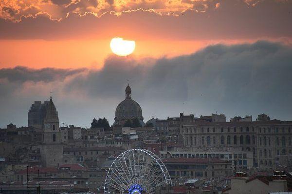 cathédrale de la Major, soleil couchant.