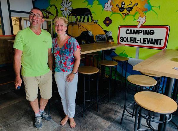 Eric et Monique Albat, gèrent un camping au bord du lac de Pareloup, dans l'Aveyron.