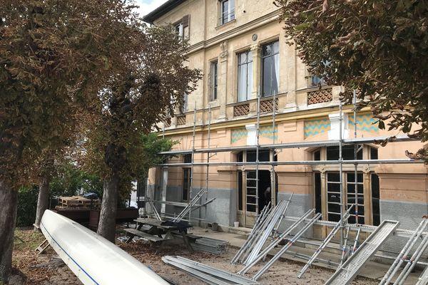 Sans travaux, ce bâtiment de 1885 risquait de voir sa façade se détériorer fortement.