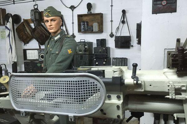 De nombreux objets témoins de la Seconde guerre mondiale sont exposés au Musée de Dinan 39-45