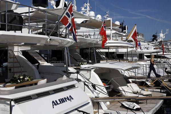 A Cannes, le port Canto croule sous les demandes pour cet été.