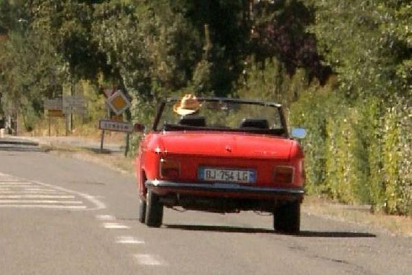 """""""Les carnets de Julie"""" est une émission culinaire de France 3 présentée par Julie Andrieu et diffusée le samedi à 17h"""