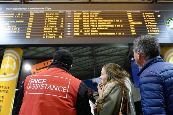 Gare Montparnasse, à Paris, le 3 décembre 2017.