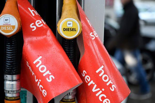 Pour 30 communes du Puy-de-Dôme, la vente de carburants est réglementée du mercredi 30 octobre au samedi 2 novembre.