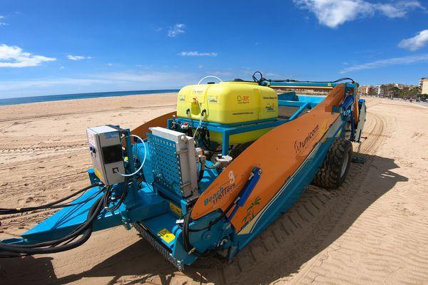Système de nettoyage des plages par pulvérisation d'eau ozonée.