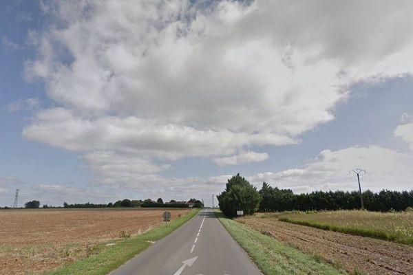 La RD 18 à Pont l'Abbé d'Arnoult, en Charente-Maritime.