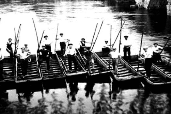 Des Ponticauds au début du XXe siècle sur les bords de Vienne