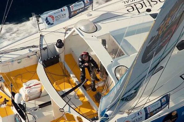 Kito de Pavant sur son voilier Bastide Otio à l'entraînement pour le Vendée Globe 2016.