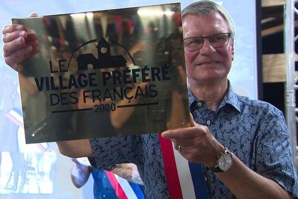 """""""La plaque, ça permet de réaliser"""" nous a confié une habitante du village préféré des Français 2020"""