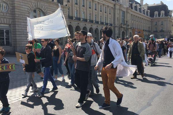 Ils étaient 200 à Rennes, essentiellement des scientifiques