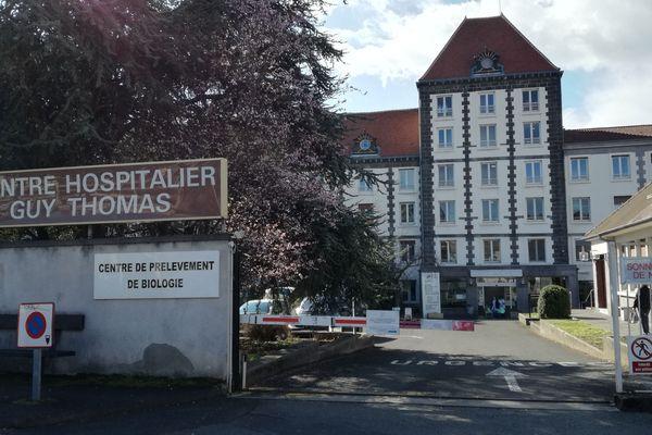 L'agression de 6 personnels de l'Hôpital de Riom par un patient a eu lieu dimanche en début d'après-midi. Vingt-quatre heures plus tard, tout le monde est encore sous le choc.