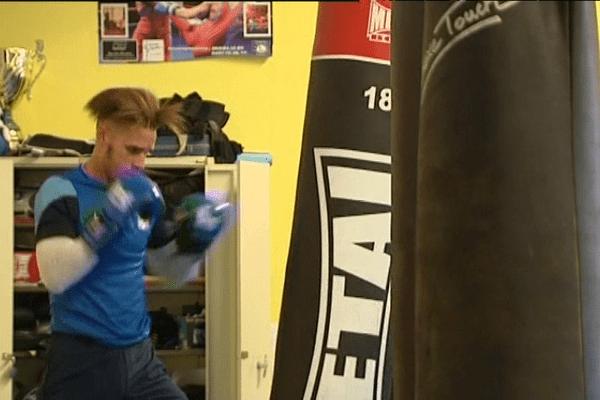 Champion d'Europe junior de boxe Française, Kevin Andreze à la veille de son premier combat senior.