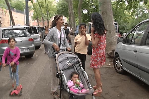 La maire du 1er arrondissement avec les familles Roms