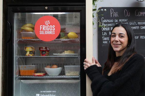 Le premier frigo solidaire, rue Ramey, Paris 18ème