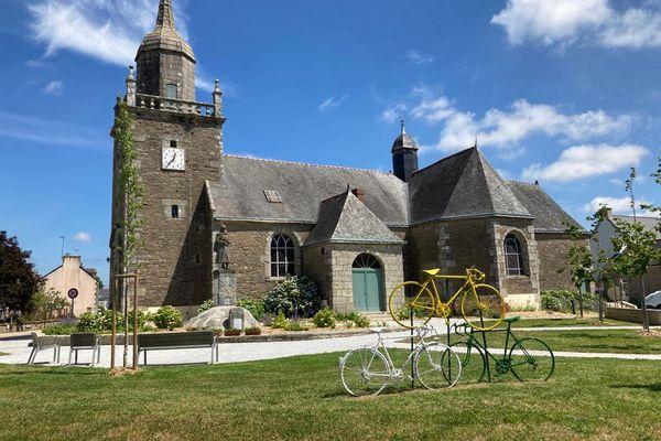 Radenac célèbre le vélo et l'enfant du pays, Jean Robic