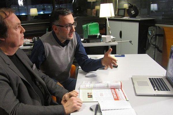 J-Christophe Sellin lors du débat avec le journaliste F. Valéry
