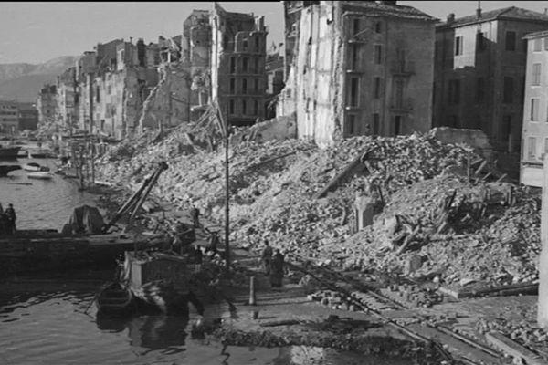 Des immeubles de Toulon détruits suite à la bataille pour la libération de la ville en 1944.