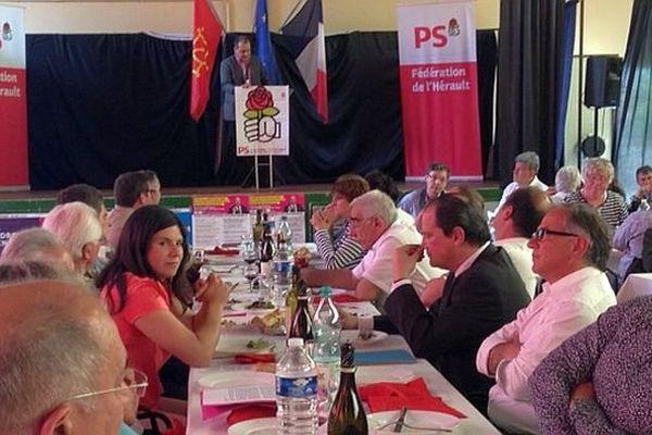 Maraussan (Hérault) - le premier secrétaire du PS, Jean-Christophe Cambadélis assiste au banquet républicain - 10 mai 2014.