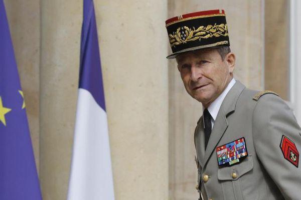 Le chef d'état-major des armées, Pierre de Villiers, à son arrivée à l'Elysée pour un sommet franco-allemand, le 13 juillet 2017.