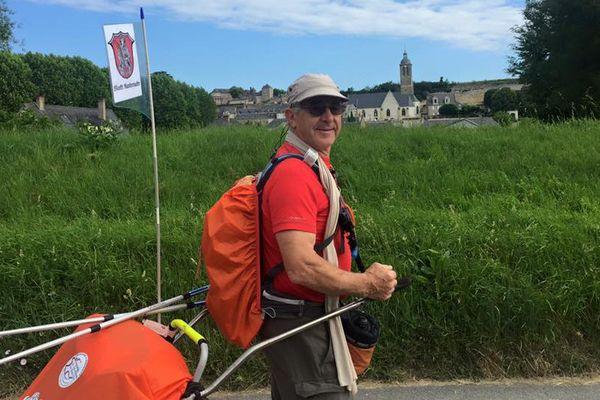 René Jean Bienvenu parcourra 900km en un mois pour rejoindre Randersacker, en partant de Vouvray.