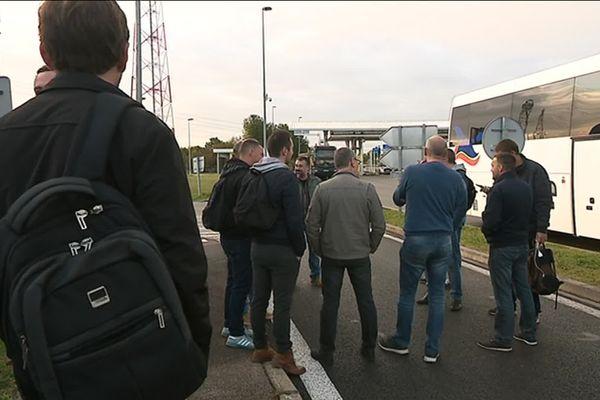 Près de 20 bus affrétés par les syndicats de police pour rejoindre la manifestation à Paris.