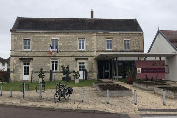 La mairie de Quetigny.