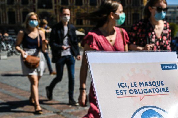 Le masque est déjà obligatoire dans bon nombre de lieux publics en France.