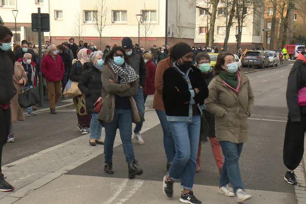 200 personnes ont marché contre les violences à Cleunay