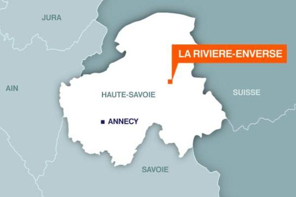 L'accident s'est produit dans une cour privée, à La Rivière-Enverse.