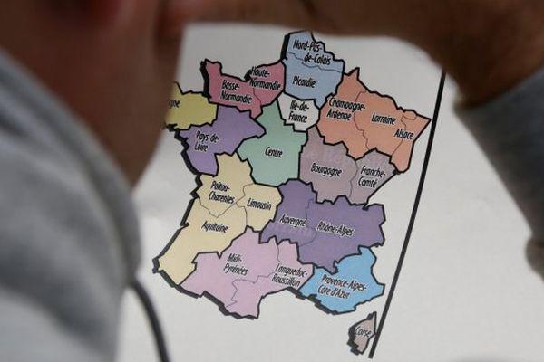 la répartition des pouvoirs entre Caen et Rouen n'est pas encore vraiment fixé et c'est un véritable débat politique.