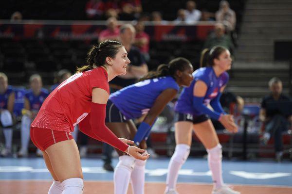 Juliette Gelin évolue au VBC de Chamalières mais aussi au sein de l'équipe de France de volley-ball.