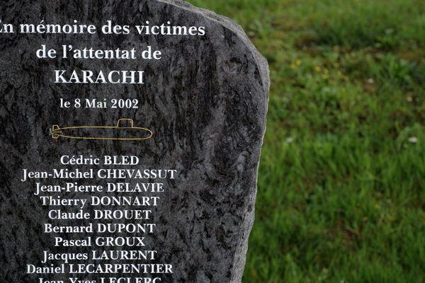 A Cherbourg, une stèle rappelle la mémoire des victimes de l'attentat de Karachi
