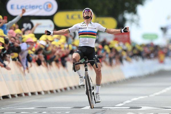 ILLUSTRATION - Julian Alaphilippe lors du Tour de France 2021.