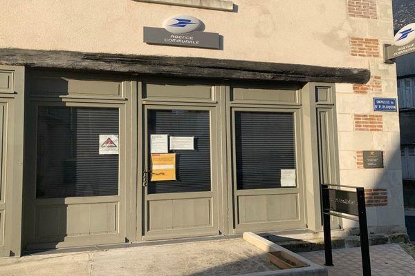 Sur les 775 bureaux de poste de la région, 67 seulement restent ouverts à cause du coronavirus.