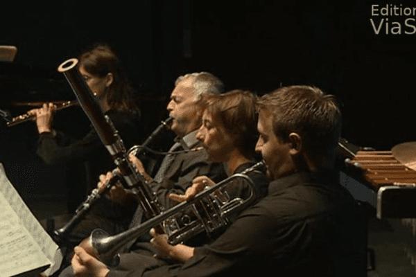 Les professeurs du conservatoire de musique de Bastia interprètent un conte des frères Grimm.