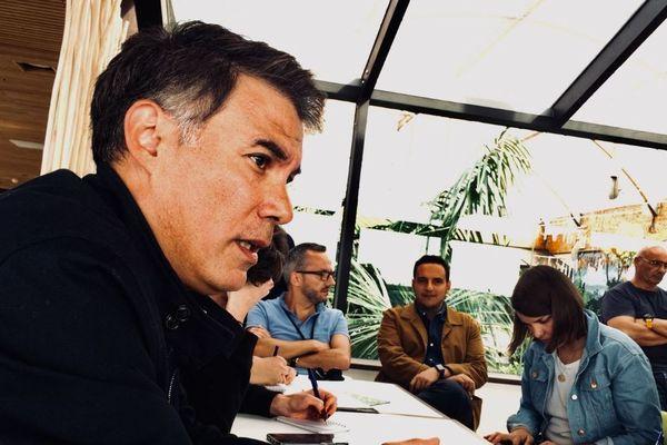 Olivier Faure à La Rochelle en conférence de presse.