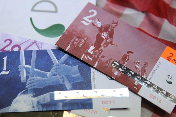 Des euskos photographiés en 2013, l'année du lancement de cette monnaie complémentaire à Bayonne.
