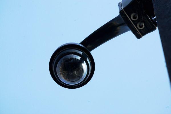 Une caméra de vidéo-surveillance - Photo d'illustration